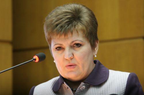 Антонина Матвеева, https://reporter-ua.com/2011/06/14/v-zaporozhskoy-oblasti-1644-siroty-zhdut-svoih-roditeley-legko-li-usynovit-rebenka