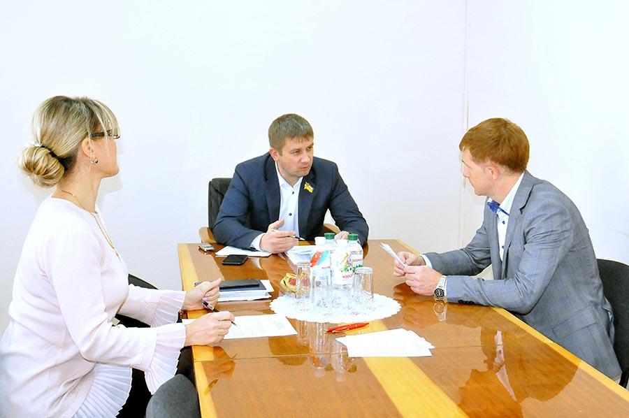 http://zor.gov.ua/content/postiyna-komisiya-z-pytan-miscevogo-samovryaduvannya-ta-administratyvno-terytorialnogo